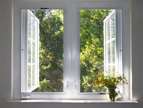 Offenes Fenster Bild by Sicherheitsm 228 Ngel Zahl Der Einbr 252 Che Steigt An Advopedia