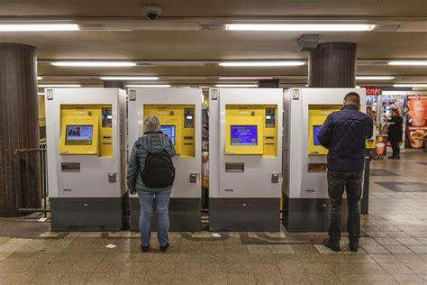 foto de VBB beschließt neue Tarife: Ärger am Automaten taz de