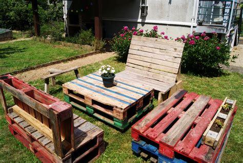 Recyclage  5 Tables Basses En Palettes De Bois