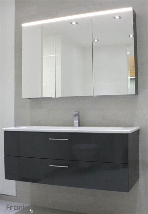 Moderne Badezimmer Ausstellung by Moderne Waschtischkombination Bei Uns In Der Ausstellung