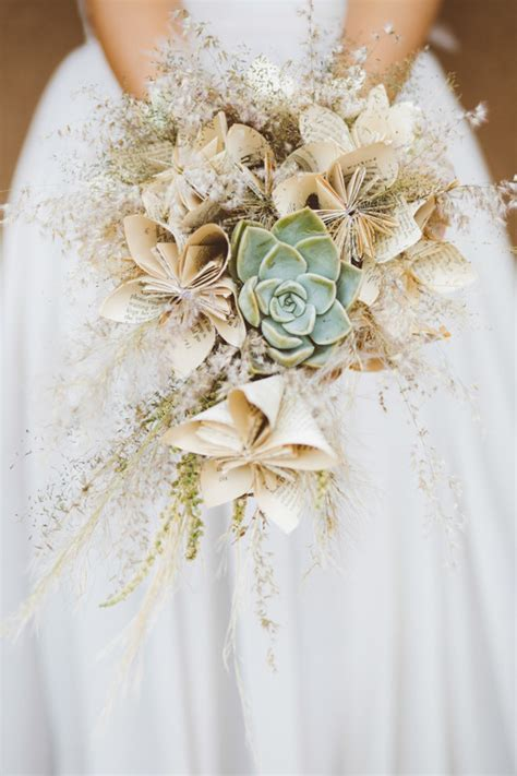 paper flower wedding ideas diy paper flowers  layer