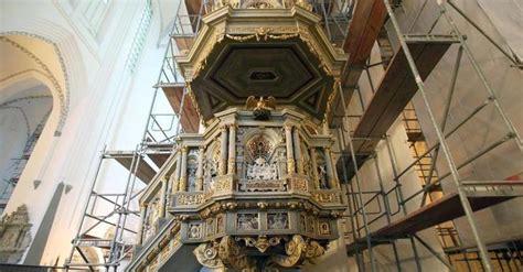 Gerueste Und Schalungenwarnowquerung Bei Rostoc kirche kanzel in rostocker marienkirche wieder ohne