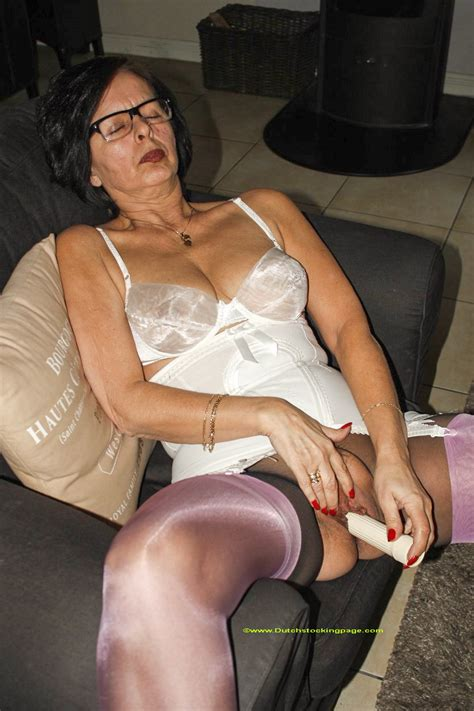 archive of old women christina in stockings masturbating