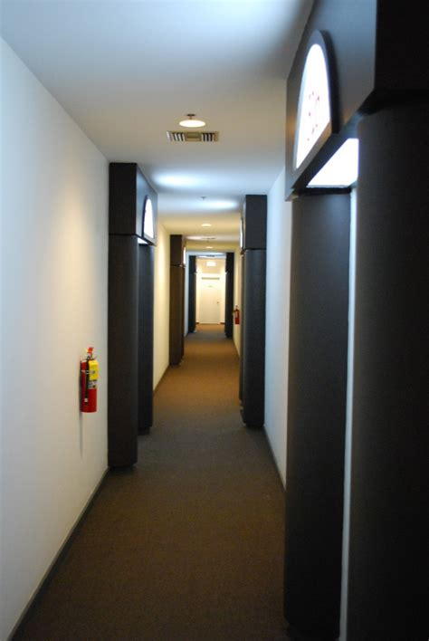 Home Hallway Design Ideas by Led Lighting In A Hallway Home Lighting Design Ideas