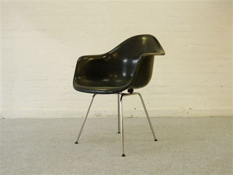 DAH armchair in fibreglass and steel, Ray and Charles ...