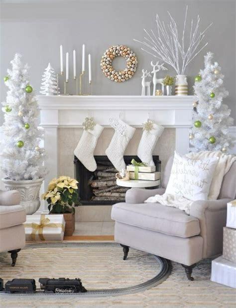 decoration de chaise pour noel la déco de noël à faire soi même 40 belles idées