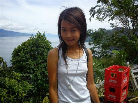 Lina Si Toket Kecil ~ Kuncen Keramat Blog
