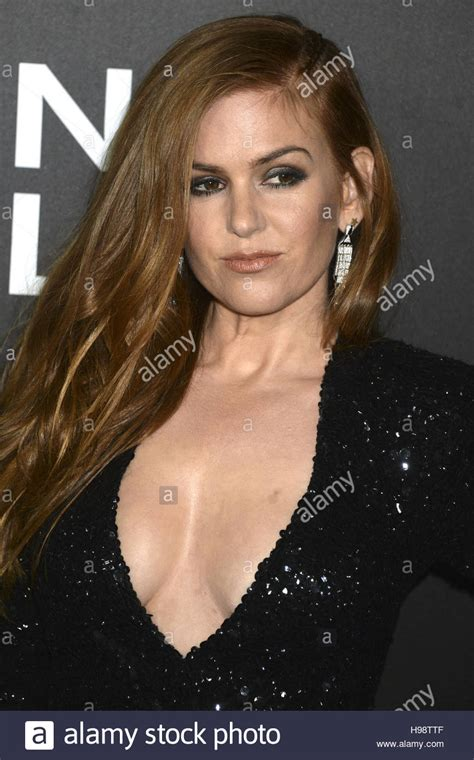 actress fisher of nocturnal animals crossword isla fisher attends the nocturnal animals new york