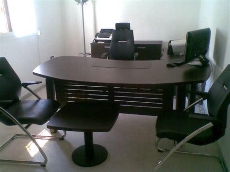 bureau du travail tunisie chaise de bureau transparente pas chère