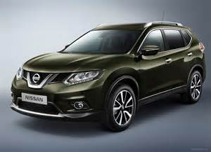 home interior colors for 2014 2015 nissan x trail look review gaadi