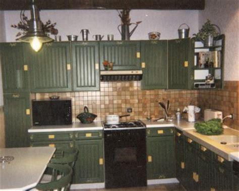 meuble cuisine pour salle de bain deco cuisine vert olive