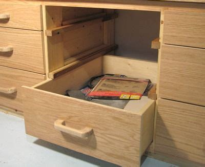 woodwork wooden workbench  drawers  plans