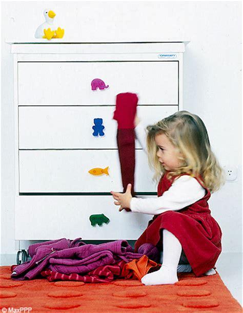 comment lui apprendre 224 ranger sa chambre elle