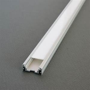 Ruban A Led : kit profil aluminium pour ruban led profil s led alu de 2m ~ Edinachiropracticcenter.com Idées de Décoration