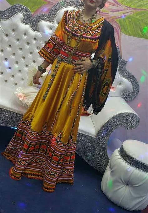 best 25 robe kabyle moderne ideas on kabil robe kabyle mariage and robe berbere