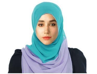 pakistani photoshop artist edits  girls picture