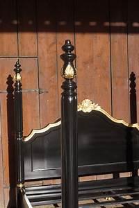 Lit Style Baroque : cadre lit style baroque louis xv 160x200 cm dor la feuille d or esprit de ch teau ~ Teatrodelosmanantiales.com Idées de Décoration