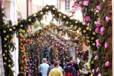 montisola festa dei fiori la festa dei fiori di monte isola lago d iseo the golden