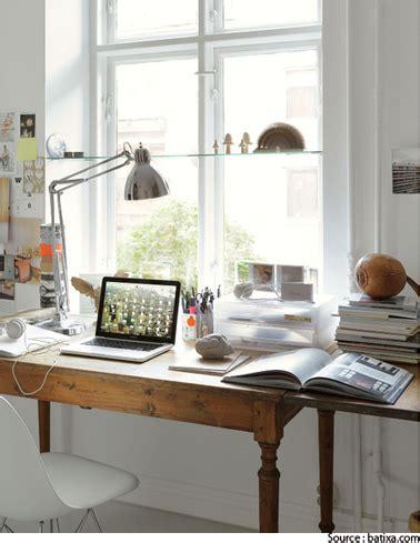 bureau viruel aménagement bureau devant la fenêtre de la chambre