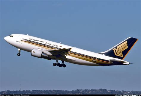 singapore airlines  stc airbus   aircraft picture
