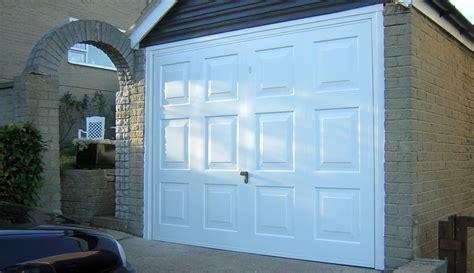 garage doors leeds  garage door team