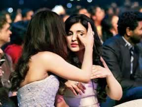 Priyanka & Parineeti Chopra To Come Together For A Shirish ...