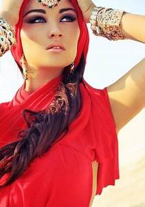 Arabian Women... cool that this is (half of) what my ...