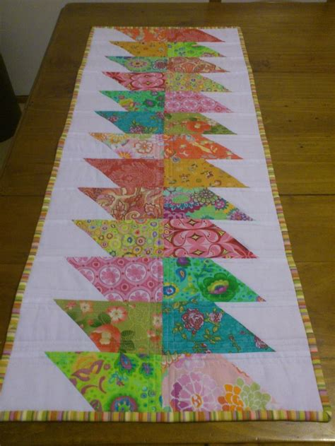 quilted table runner patterns table runner patterns free woodworking projects plans