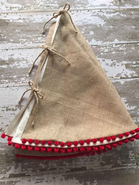 stockings tree skirts  holiday extras designsponge