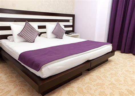 Purple Bedroom Pictures  Purple Bedroom Ideas