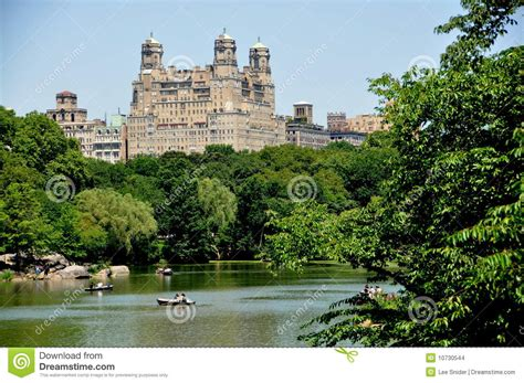 Central Park Boating Price by Nyc Boating Lake And Bethesda Apts Stock Images Image