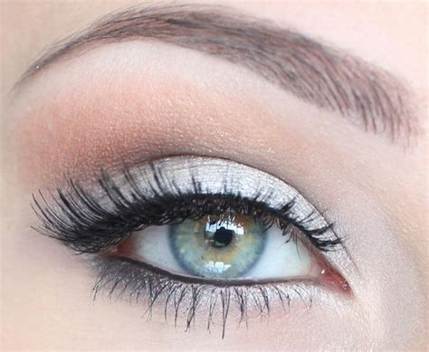 top  makeup tips  deep set eyes pretty designs