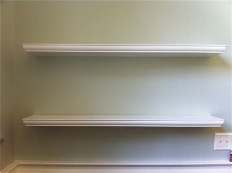 Clean Wall Decoration With White Color Floating Shelf