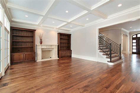 pavimenti in legno massello parquet in legno massello prezzi costi di posa pro e