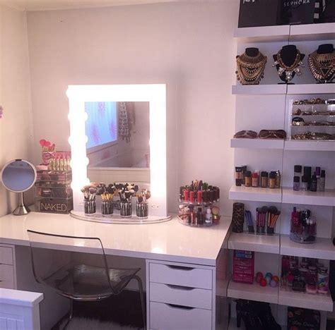 vanity con 1000 ideas about makeup vanity desk on vanity