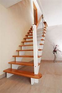 Treppenstufen Aus Glas : treppen mit glas aus holz bzw gel nderf llung aus glas ~ Bigdaddyawards.com Haus und Dekorationen