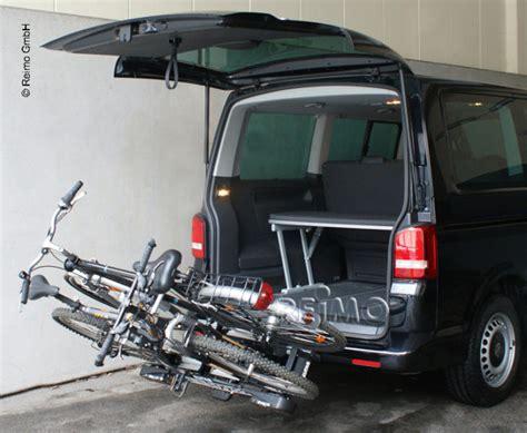 fahrradträger vw t5 fahrradtr 228 ger f 252 r anh 228 ngekupplung 440621 reimo