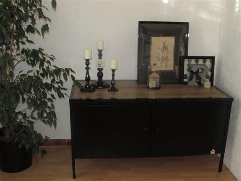 meuble cuisine a meuble bas photo 3 7 meuble peint en noir et un plateau en bois a