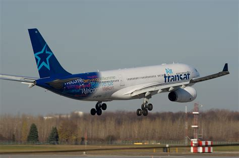 a330 200 air transat file air transat a330 200 c gtsi 8201191196 jpg wikimedia commons