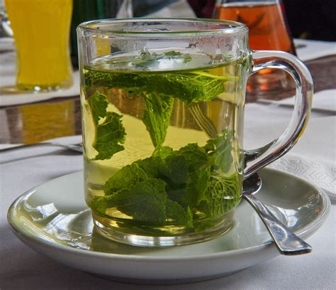 peppermint tea file peppermint tea hg jpg wikimedia commons