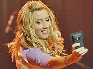 Picture This: Ashley Tisdale, a 23-Year-Old Daddy's Girl ...