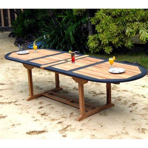 table en teck en r 233 sine tress 233 e de grande taille pour