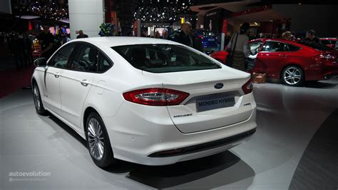 2015 Ford Mondeo Makes World Debut At The Paris Motor Show [live Photos] Autoevolution