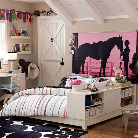 eclectic bedroom with hanging bed is light 4 bedroom 20 interior design ideas