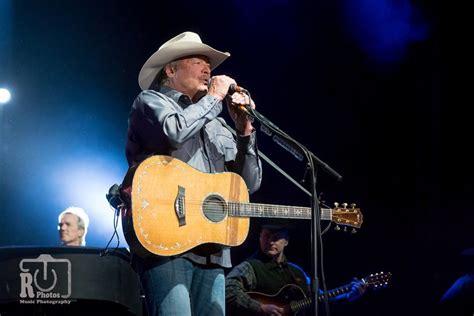 Alan Jackson At Van Andel Arena In Grand Rapids, Mi
