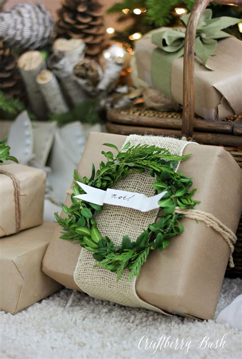 Creative Christmas Gift Wrapping Ideas  All About Christmas. Christmas Ideas Minecraft. Baby Shower Ideas Using Mason Jars. Costume Ideas List. Gift Basket Ideas London Ontario. Kitchen Ideas For Open Floor Plan. Kitchen Shelves Design Ideas. Inexpensive Ideas For Backyard. Canvas Project Ideas