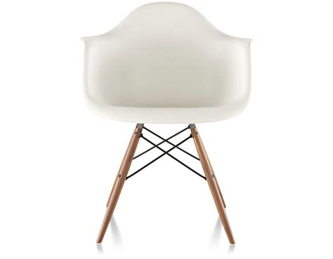 Designer Stuhl Eames by Eames 174 Molded Plastic Armchair With Dowel Base