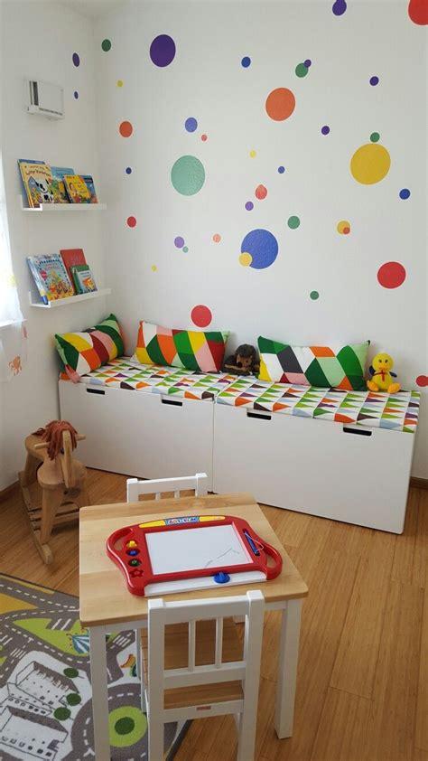 Ikea Kinderzimmer Einrichten by Buntes Kinderzimmer Kinder Leseecke Ikea