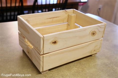 IKEA Hack: Knagglig Wooden Crate Horse Stable for Toy Horses