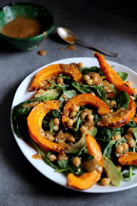 cuisiner du potimarron comment cuisiner du potimarron salade d automne au